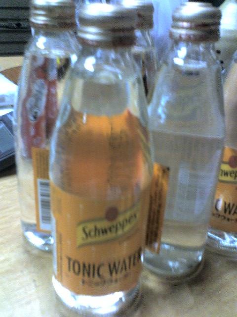 schwepps tonic